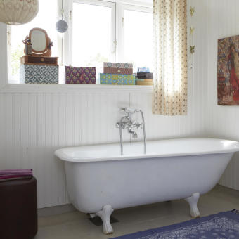 badrum badkar på tassar boxar